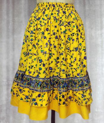 黄 花柄のプロヴァンススカート