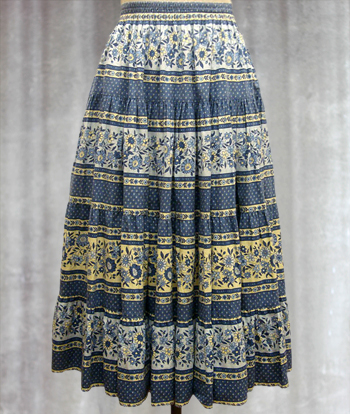 青X白 花Xペイズリー柄のプロヴァンススカート