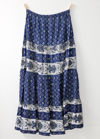 青X白 ペイズリー柄のプロヴァンススカート