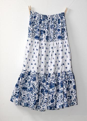 青×白 花柄のプロバンススカート