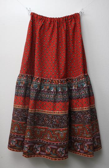 赤のペイズリー柄 プロバンススカート