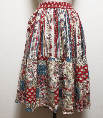 白×赤×サックスブルー 花柄 プロバンススカート