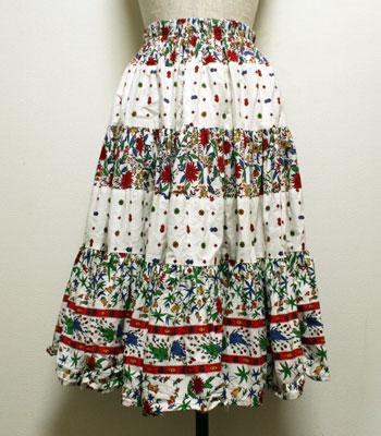白 花柄のプロバンススカート