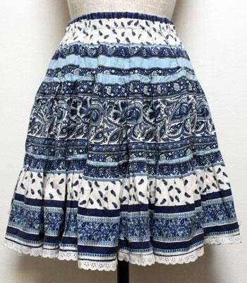 ネイビーのペイズリー柄 レースのついたプロバンススカート