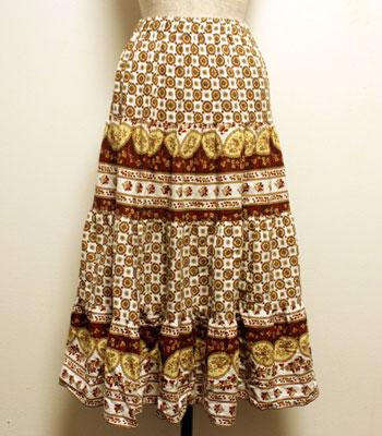 ブラウンのペイズリー柄 プロバンススカート