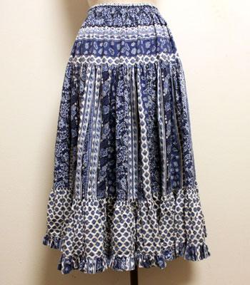 ブルーのペイズリー柄 プロバンススカート