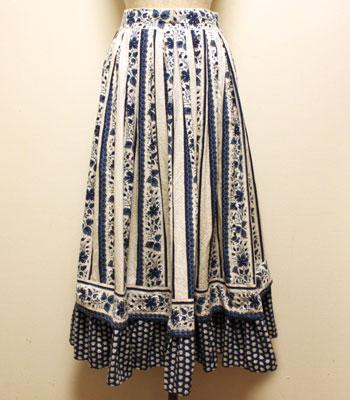 ソレイアード ブルー×白 ボタニカル柄  プロバンススカート