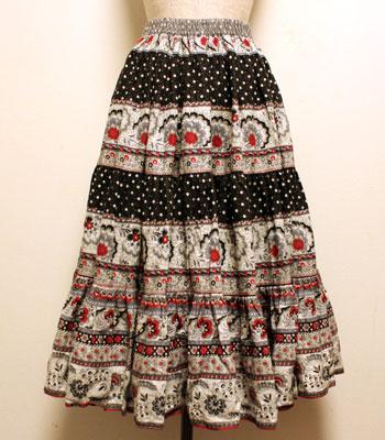 グレー×ブラック×白 花柄 プロバンススカート