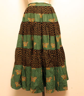 ブラック×フォレストグリーン 蝶柄 プロバンススカート