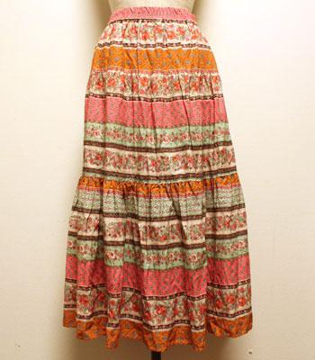 ピンク×黄土色×ミントグリーン 花柄 プロバンススカート