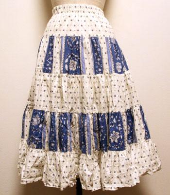 白×ブルー ペイズリー柄 プロバンススカート