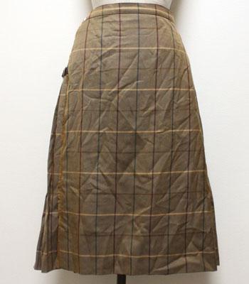 モカブラウン バーバリー キルトスカート