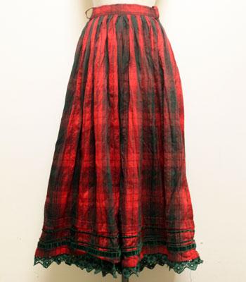 赤のタータンチェック シルクのチロリアンスカート