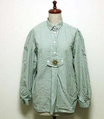 グリーンのストライプ チロリアンプルオーバーシャツ