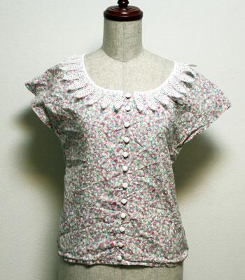 フリルカラー  ピンク ノースリーブ花柄ブラウス
