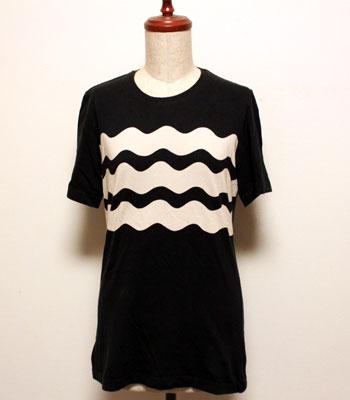 ブラック マリメッコ Tシャツ